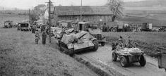 In the closing days of World War II, the German Panzer Division took an unconventional road to surrender. Jagdpanzer Iv, Non Commissioned Officer, Germany Ww2, Emergency Response, Military Photos, Picture Search, German Army, Luftwaffe, Armored Vehicles