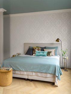 046 MED Damask, Taupe, Floral Design, Traditional, Wallpaper, Bed, Pattern, Contrast, Furniture