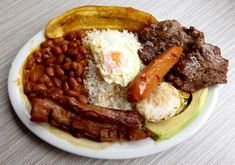 Bandeja Paisa Medellin Colombia Some of the best food ever I Love Food, Good Food, Yummy Food, Fun Easy Recipes, Easy Meals, Healthy Recipes, Colombian Food, Colombian Recipes, Best Food Ever