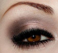 I want pretty: Make up- Maquillaje intenso y natural para ojos/ Strong and natural eye make up!