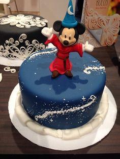 Fondant Cake, birthday, wedding, party. Mickey Mouse, Fantasia