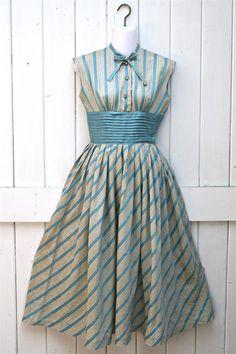 Vintage Dress / 1950's Dress / Aqua Blue Dress / 1950's Full Skirt