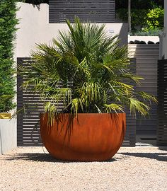Corten steel planter // Urbis Design love this
