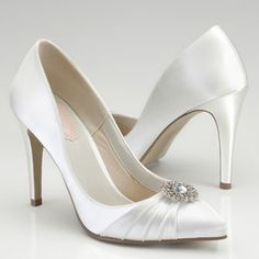22194d3c1b4 wedding shoes Dyeable Wedding Shoes