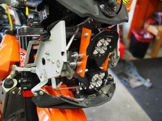 With Cree and more than lumens you should just about be able to start forest fires on high beam. Ktm 690 Enduro, High Beam, Motorcycles, Adventure, Adventure Movies, Adventure Books, Motorbikes, Motorcycle, Choppers
