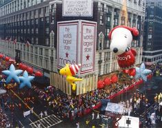 Go see Macy's Thanksgiving Day Parade!