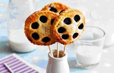 Blueberry pop pies