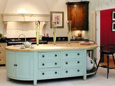 very simple and beautiful kitchen
