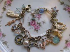 """Vtg Kirks Folly signed charm bracelet """"Hey diddle diddle, cat in the fiddle"""""""