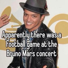 Apparently there was a football game at the Bruno Mars concert.I still love my Hawks, but I'm lovin' Bruno too. Robert Downey, Downey Jr, Bruno Mars Concert, I Love Music, Can't Stop Laughing, Meeting New People, True Stories, Make Me Smile, Musica