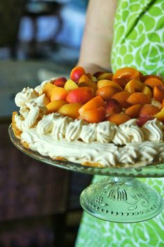 Apricot pavlova #dessert