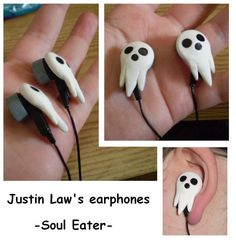 Aniplogs Anime Source: Soul Eater's Justin Law Earphones - How To Guide Cosplay Tutorial, Cosplay Diy, Soul Eater, Biscuit, Anime Soul, Anime Merchandise, Me Me Me Anime, Just In Case, Polymer Clay