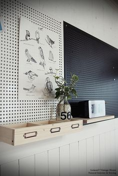 Black Pegboard, Class Design, Office Interiors, Store Design, Boy Room, Classroom Decor, Wall Design, Home Crafts, Interior Design