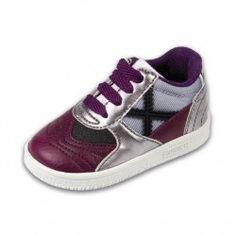 Pon tu bebé a la última moda con las divertidas #zapatillas 3Munich Gresca para bebés. Ideal para regalar. Modelo para bebés de menos de 3 años en #deporvillage por 39.90€