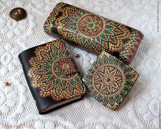 Купить Набор аксессуаров с ручной росписью. Очечник, визитница и зеркальце - индийский, африканский, подарок моднице
