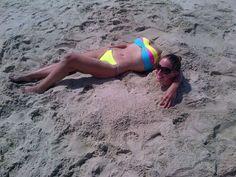 Kopflos am Strand