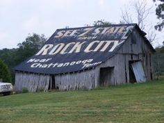 """Old """"See Rock City"""" barn in Tennessee"""