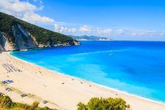 Wundervolle Aussicht auf den Mytros Strand, auf der Insel Kefalonia Griechenland http://www.urlaubsrabauken.de/reisetipps/top-10-straende-europas/