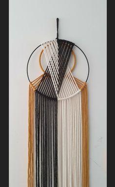 Wall Decor Crafts, Wall Hanging Crafts, Yarn Wall Hanging, Craft Kits, Diy Kits, Yarn Wall Art, Macrame Wall Hanging Patterns, Idee Diy, Macrame Design