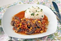 Delicioso y sencillo guiso muy popular en Chile Chilean Recipes, Chilean Food, Beef Recipes, Cooking Recipes, Puerto Rican Recipes, Stuffed Sweet Peppers, Spanish Food, Food And Drink, Rice
