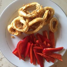#redpepper #calamari #easyrecipe #fast Calamari, Onion Rings, Red Peppers, Waffles, Easy Meals, Breakfast, Simple, Healthy, Ethnic Recipes