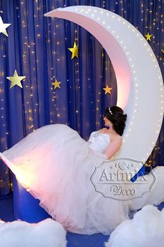 Quince Decorations, Quinceanera Decorations, Quinceanera Party, Birthday Decorations, Wedding Decorations, Stage Decorations, Quinceanera Dresses, Starry Night Wedding, Moon Wedding