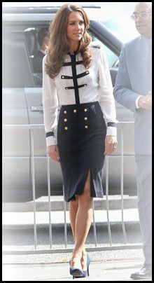 WHO: The Duchess of Cambridge A. Kate Middleton WHAT: Donning a military-inspired look from the Alexander McQueen pre-fall 2011 collection, Cathe. Moda Kate Middleton, Style Kate Middleton, The Duchess, Duchess Of Cambridge, Royal Fashion, Look Fashion, Fashion Beauty, Pantyhosed Legs, Princesa Kate Middleton