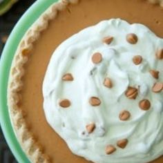 From the Reissue of The Lady & Sons Savannah Country Cookbook: Butterscotch Pie - Paula Deen Just Desserts, Delicious Desserts, Yummy Food, Paula Deen, Pie Dessert, Eat Dessert First, Pie Recipes, Dessert Recipes, Yummy Treats