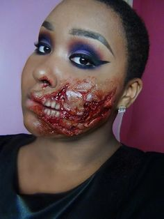 Halloween Makeup. This looks awesome