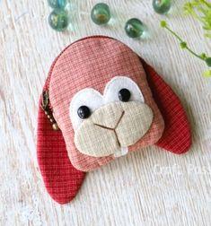 DIY Bunny coin purse (free sewing pattern & tutorial) // Nyuszis pénztárca (aprópénztartó) - ingyenes szabásminta // Mindy - craft tutorial collection // #crafts #DIY #craftTutorial #tutorial