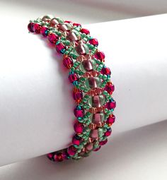 Free pattern for amazing beaded bracelet Magic Forest.  U need:    seed beads 6/0 or round beads 6 mm  seed beads 7/0  seed beads 8/0  seed beads 10/0 – 11/0  - See more at: http://beadsmagic.com/?p=2633#more-2633