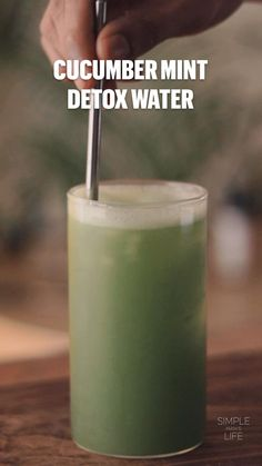 Easy Smoothie Recipes, Easy Smoothies, Diet Recipes, Vegetarian Recipes, Cooking Recipes, Healthy Recipes, Detox Drinks, Healthy Drinks