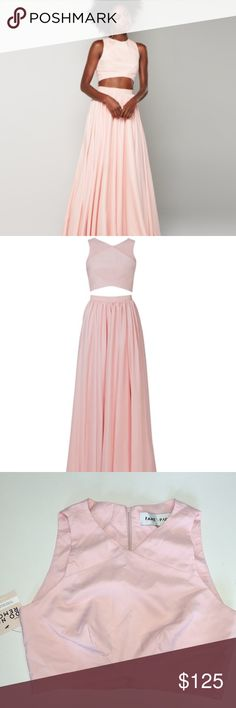 Fame and Partners Hayley Two Piece Dress NWT Gorgeous Fame and Partners Hayley two piece dress in blush pink size 0. Fame and Partners Dresses Prom