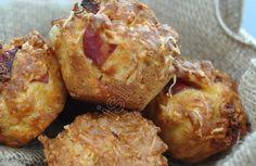 Muffins salés au chorizo et emmental Beignets, Emmental, Petit Cake, Buffet, Chorizo, Bacon, Breakfast, Quiches, Pancakes