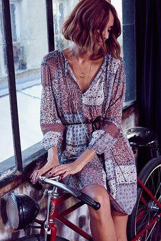 Vestido chica la puedes disponer en #escolanomoda #Segorbe o en nuestra SHOP :) shop.escolanomoda.com