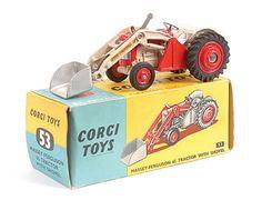 Mettoy Corgi diecast No.53 Massey Ferguson Tractor with Shovel 1960-66