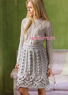 Шерстяная юбка с выразительными узорами из кос и шишечек. Вязание спицами