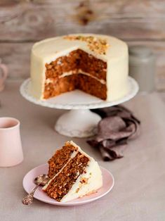 carrot cake by food and cook Sweet Recipes, Cake Recipes, Dessert Recipes, Food Cakes, Cupcake Cakes, Cake Thermomix, Carrots N Cake, Best Cake Ever, Gateaux Cake