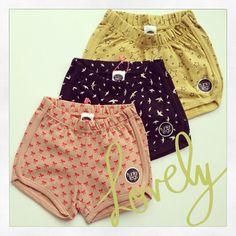 Funky Legs Bubble Shorts
