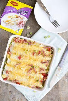 Romige ovenschotel met asperges en hamblokjes - Brenda Kookt! Healthy Treats, Healthy Recipes, Dinner With Friends, Happy Foods, Mushroom Recipes, Tray Bakes, Macaroni And Cheese, Meal Planning, Foodies