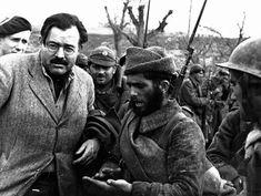 Ernest Hemingway.- Robert Capa
