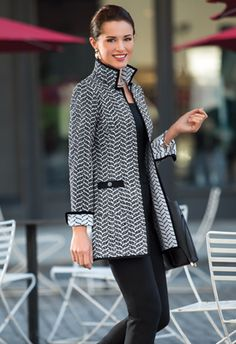 A line of clothing designed by a woman with fashion and business expertise, for smart, confident women on the go. Work Fashion, Hijab Fashion, Fashion Dresses, Winter Outfits, Casual Outfits, Suits For Women, Clothes For Women, Jacket Pattern, Work Attire