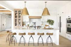 Modern Kitchen Interior This Chic Home in Minnesota Is Making Our Heads Spin - When it comes to modern traditional fusion, this Minnesota home nails it. Step inside and see how the designer Bria Hammel transformed this interior. Farmhouse Style Kitchen, Modern Farmhouse Kitchens, Home Decor Kitchen, New Kitchen, Cool Kitchens, Kitchen Ideas, Awesome Kitchen, Luxury Kitchens, Kitchen Nook