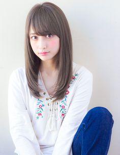 愛されシースルーレイヤー(TK-123)   ヘアカタログ・髪型・ヘアスタイル AFLOAT(アフロート)表参道・銀座・名古屋の美容室・美容院 Kawaii Hairstyles, Hairstyles With Bangs, Straight Hairstyles, Japan Woman, Japan Girl, Beauty Make Up, Hair Beauty, Medium Hair Styles, Short Hair Styles