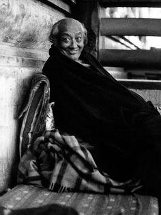 Dig Infinity!  HH Dilgo Khyentse Rinpoche, 1975 Photographer: Jens Jakob Leschly Photographed image copyright © 1999 Jens Jakob Leschly