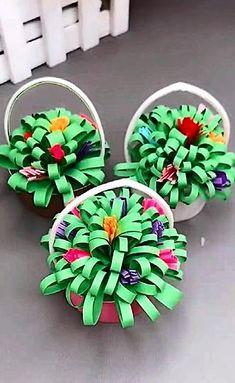 Paper Cup Crafts, Paper Cups, Diy Paper, Simple Paper Crafts, Easy Paper Flowers, Making Flowers With Paper, Creative Crafts, Easy Crafts, Paper Basket Diy