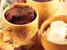 Koffiepoeding in mikrogolf Easy Cake Recipes, Sweet Recipes, Dessert Recipes, Desserts, Dessert Ideas, Microwave Recipes, Cooking Recipes, South African Recipes, Sweet Tarts