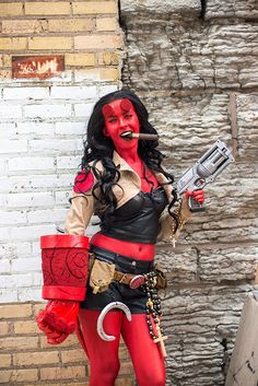 Rule 63 Hellboy       Cosplayed by peachpearl309, photographed by srainphotography