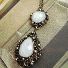 Accessories - New vintage bronze alloy jewelry set