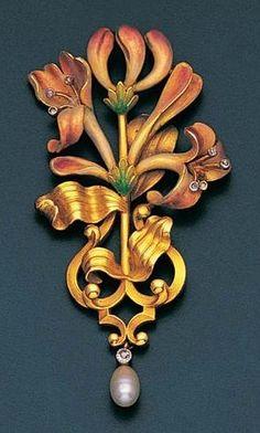 An Art Nouveau enamel, diamond and pearl pendant, by Plisson et Hartz, circa